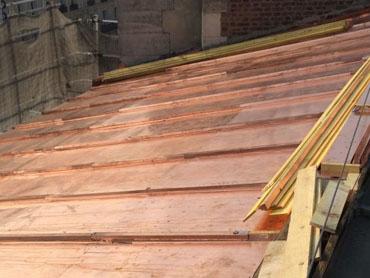 rénovation toiture cuivre Paris